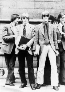 """Mark Dixon, An Eton Schoolboy's Album (Debrett's Peerage Ltd., London 1985), z Werker 2 – Historia mówiona młodego robotnika, 2016. Dzięki uprzejmości """"Werker Magazine"""""""