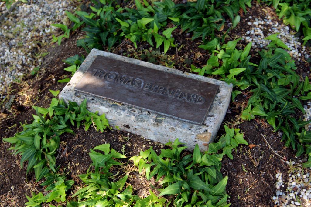 grób Thomasa Bernharda, Grinzing, Wiedeń, fot. Grażyna Smalej