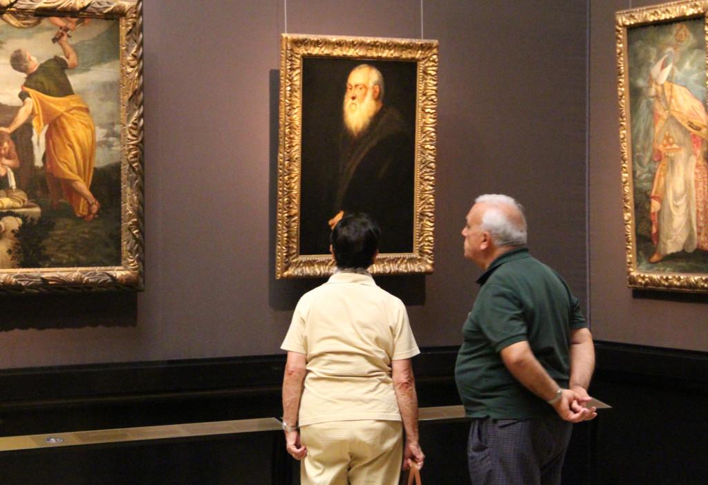 """""""Siwobrody mężczyzna"""" Tintoretta w Sali Bordona, Kunsthistorisches Museum w Wiedniu. Miejsce zdarzeń opisanych w komedii """"Dawni mistrzowie"""", fot. Grażyna Smalej"""