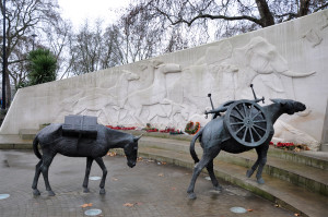 Animals in War Memorial, Londyn