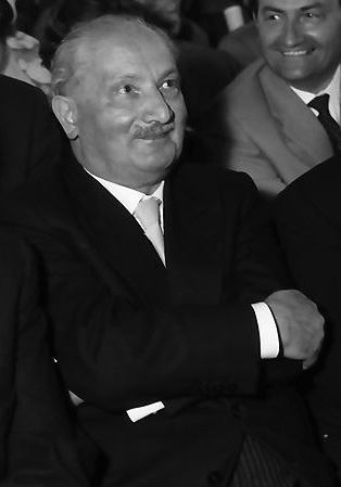 Heidegger (1960) [CC BY-SA 3.0 (https://creativecommons.org/licenses/by-sa/3.0)], via Wikimedia Commons