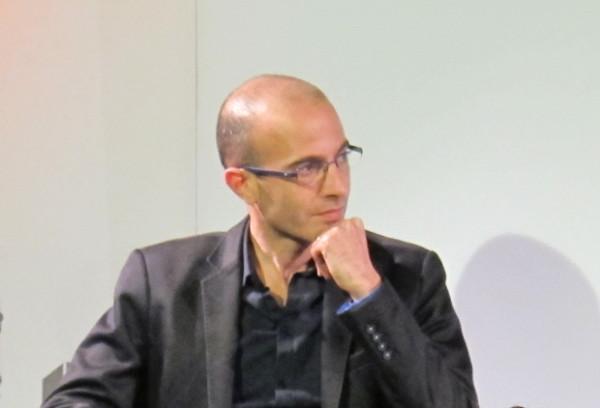 Yuval Noah Harari w Berlinie, 2 marca 2017, fot. Daniel Naber, via Wikimedia Commons